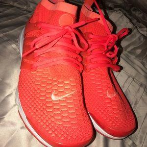 Nike Flyknit Prestos